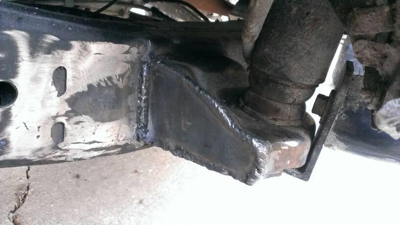 How To: Cut a body mount - Chevrolet Colorado & GMC Canyon ...