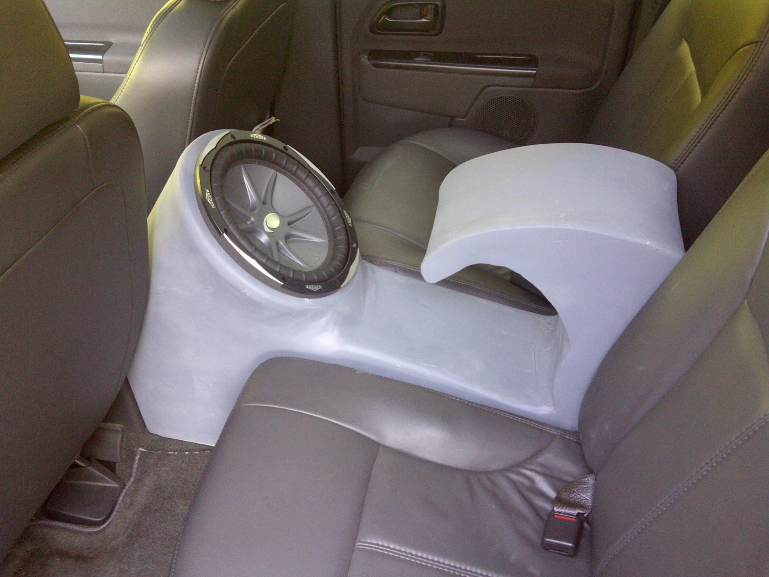 My solution to a 12 in crew cab chevrolet colorado gmc for 04 silverado door speakers