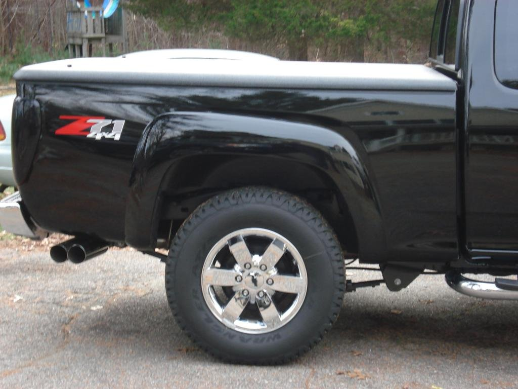 5 3 Dual Exhaust And Spare Tire Chevrolet Colorado
