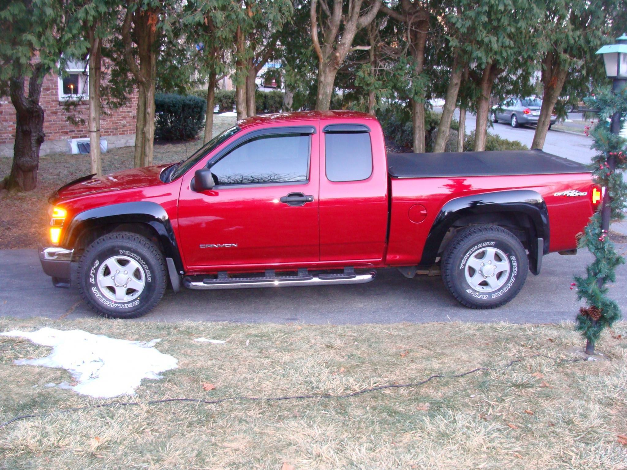 31's on 4x4 z85 wheels, no lift...fits - Chevrolet Colorado & GMC Canyon Forum