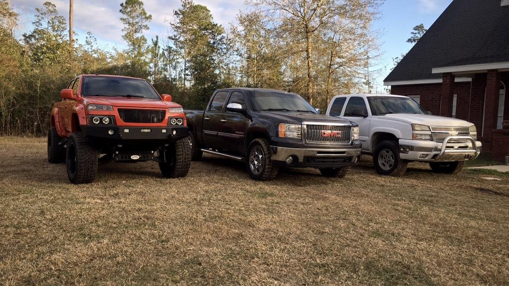 """Magnum Rt Steps >> Chevy Colorado 9"""" Inch Lift On 35s - Chevrolet Colorado ..."""