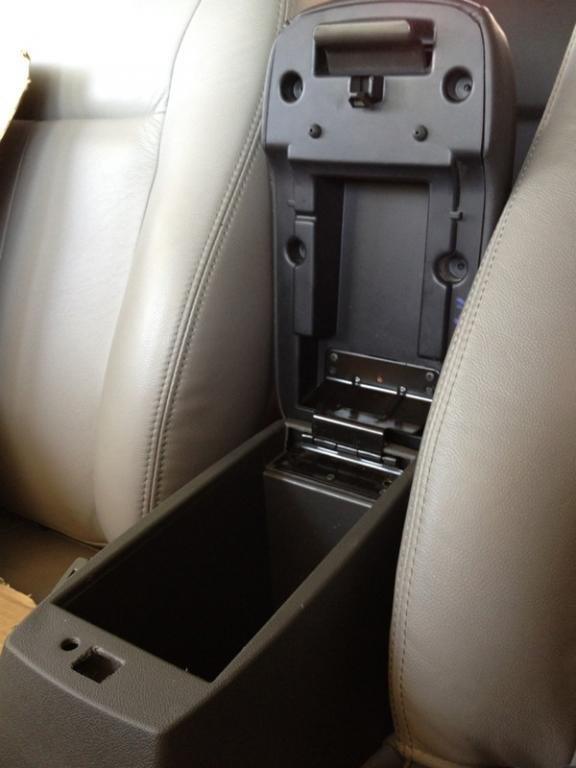 : Install Hummer H3 Power Heated Leather Seats & Armrest ...
