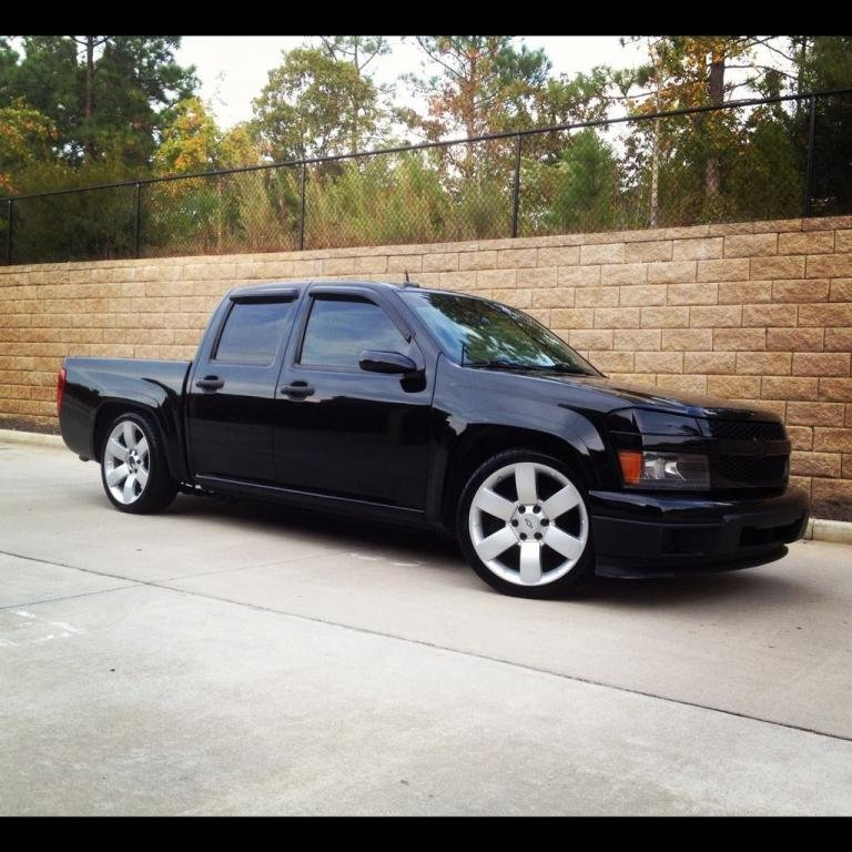 Pics of a 4door ZQ8 lowered 2/3 with 20's ? - Chevrolet Colorado & GMC Canyon Forum
