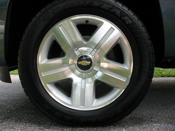 anyone using silverado tahoe 20 ltz wheels chevrolet colorado gmc canyon forum. Black Bedroom Furniture Sets. Home Design Ideas